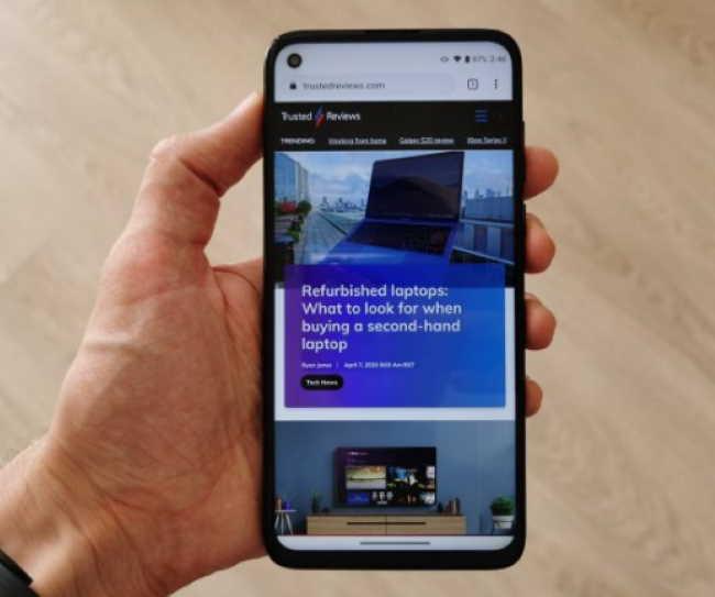 Лучший телефон 2020 года: 14 лучших смартфонов, доступных прямо сейчас - 13. Moto G8