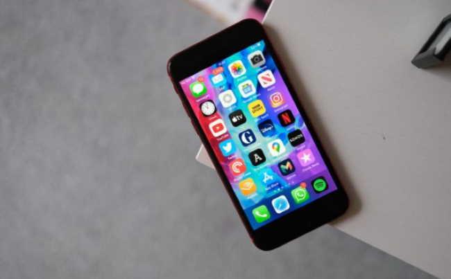 Лучший телефон 2020 года: 14 лучших смартфонов, доступных прямо сейчас - iPhone SE 2 (2020)