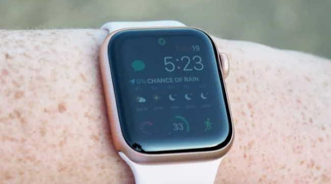 Обзор Apple Watch Series 5 - приложения Workout, отображается всегда